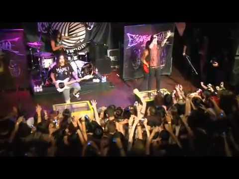 Escape The Fate - You Are So Beautiful Live (HQ)
