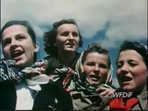 Zlot młodych przodowników pracy i budowniczych socjalizmu w Warszawie 1952 kolorowy film