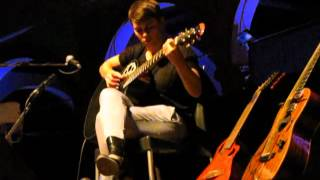 2/15 Kaki King - Holding The Severed Self @ BOtanique 3.0, Bologna, Italy (03/07/2012)
