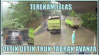 Terekam Jelas, Detik Detik Truk Tabrak Avanza di Sitinjau Lauik