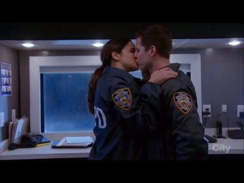Brooklyn Nine-Nine | 4x11-12 | Jake Wants to Move in to Amy's Apartment
