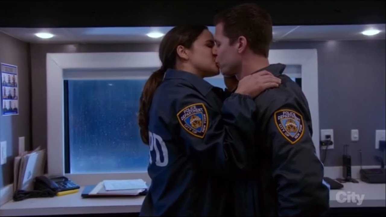 21 Times Jake And Amy From Brooklyn 99 Made Us Believe In Love By Anika In T Hout Medium