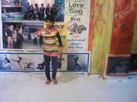 Chitiyan kalayian Cute dancer ABCD dance  group datia m.p