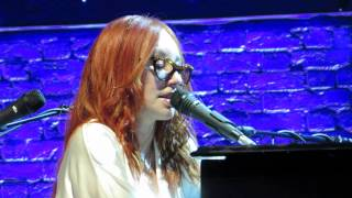 Tori Amos Rotterdam May 26th  2014 16 shades of blue