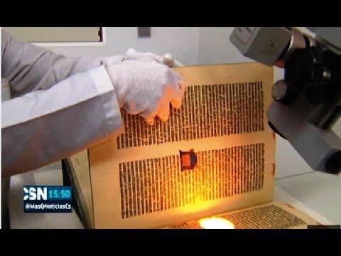 biblia-de-gutenberg-de-la-universidad-de-sevilla:-restauración