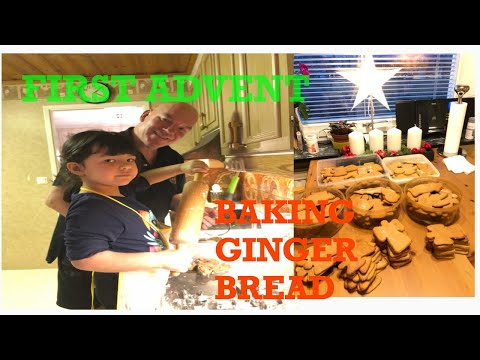 VLOGMAS: MAKING GUNGER BREAD COOKIE WITH DADDY AND SOPHIE