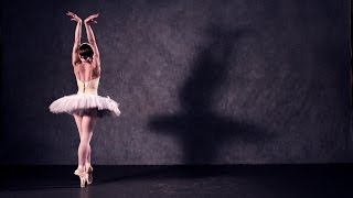 Ballet in super slow motion (The Royal Ballet)
