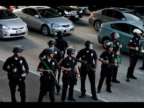 Вопрос: Бандформирования законные и незаконные,в чем отличие?