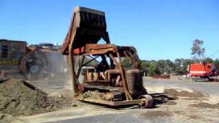 Repeat youtube video Allis Chalmers Overload.avi