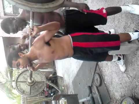 Ruben n DJ getting swole