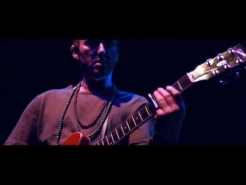 Ocean colour Scene - Traveller's Tune (live 2013)