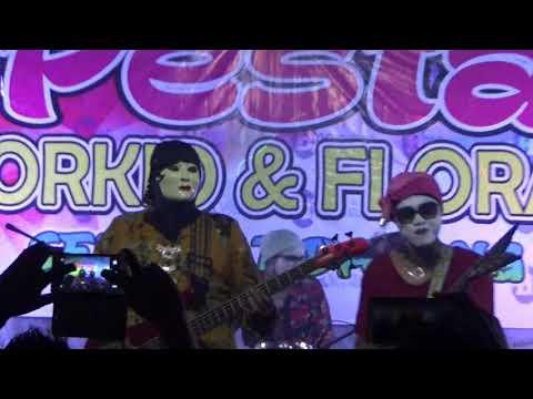 Cik Mek Molek - Auntie Band
