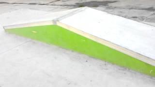 Skate park de Gibraleon (Huelva).