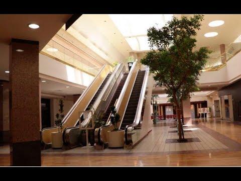 California Dead Mall | Vallco Shopping Mall in Cupertino