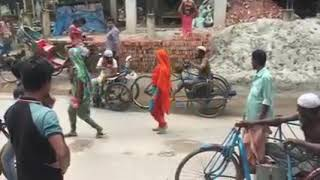 Beggars Brawl Over Money - Bangladesh