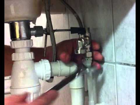 Installation d 39 un t de piquage quickplomberie youtube - Vider machine a laver demenagement ...