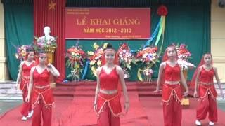 Mua An Do truong THCS Hong Thai Goc