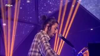 Salvador Sobral - Amar Pelos Dois [piano version]