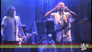 Banda Jah Bless - Kaya (Bob Marley) - Participação Edy vox e Serginho - Pelourinho-Ssa