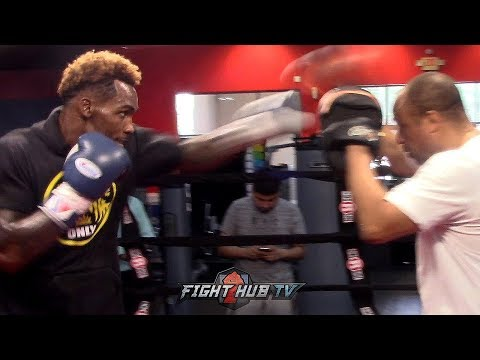 WATCH JERMALL CHARLO BLASTIN AWAY ON THE MITTS; THROWING POWERFUL HOOKS DURING WORKOUT