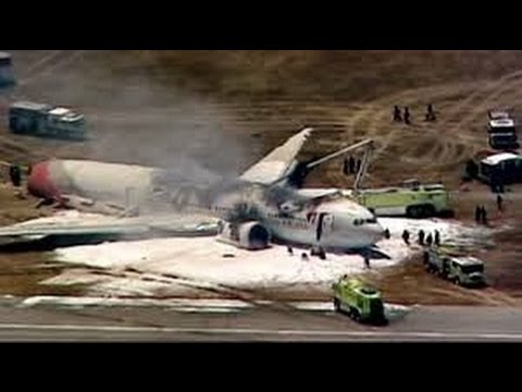 Plane accident Makes Belly Landing at the Palm Springs International Airport in California.