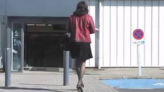 """Stockings and 5"""" high heels for Shopping (2) - Tranvestite - Crossdresser"""