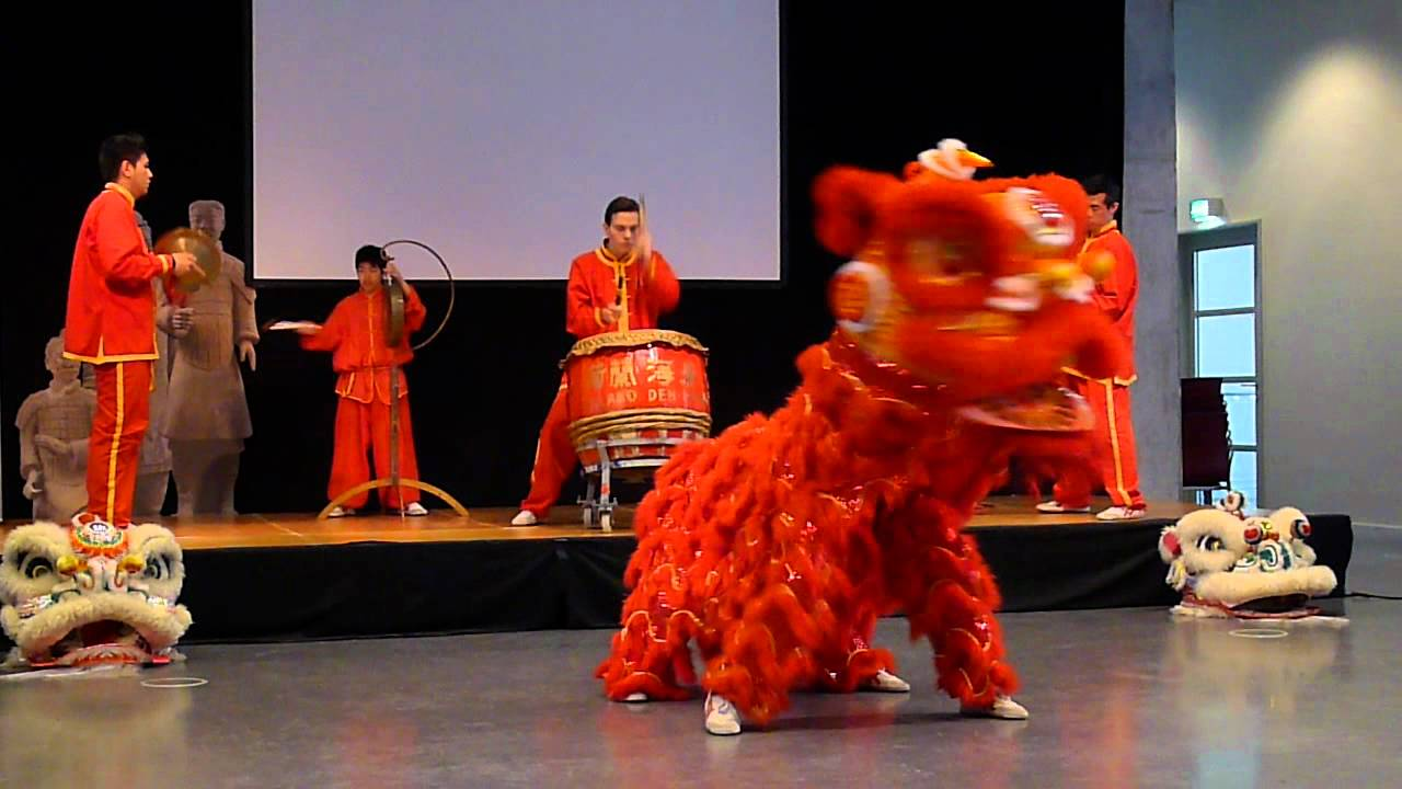 Chinese Lion Dance Youtube