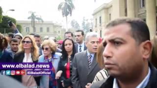 يسرا وإلهام شاهين ونصار يتقدمون مسيرة «منظمة المرأة العربية» .. فيديو