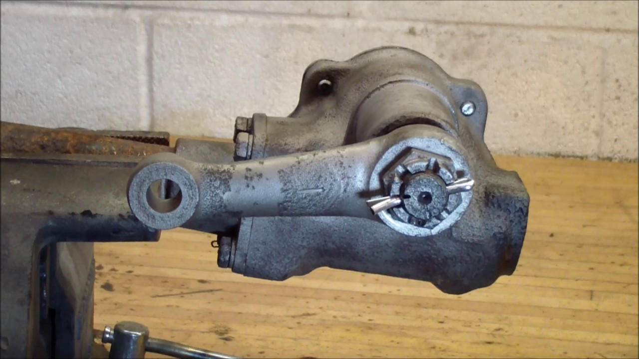 Adjusting a VW Split Bus steering box - YouTube