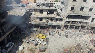 روسيا والحكومة السورية يستبقان الهدنة بقتل العشرات في حلب وإدلب