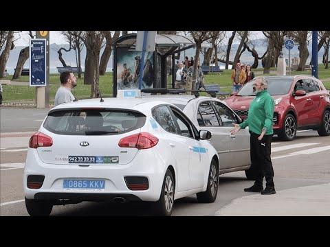 Un taxista en Santander pelea en la calle