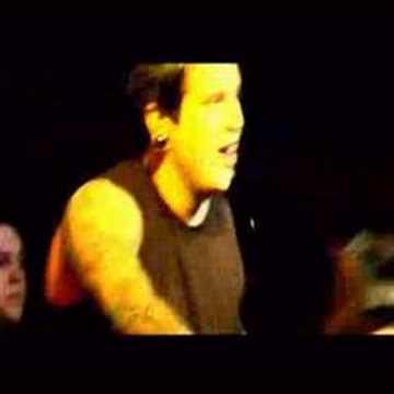 Atreyu - Deanne The Arsonist - YouTube