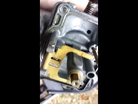 Snowmobile carb cleaning