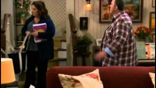 MIKE & MOLLY TEMP 1 EP 14 MOLLY MAKES SOUP PROMO ESPAÑOL.mov