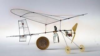 микро самолет 2 грамма 微型飛機 home-made 3 channel 2g RC plane