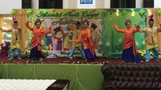 Tarian Dia Datang Anjung Tradisi Endah Parade