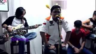 Video Ungu   Andai Aku Bisa Akustik download MP3, 3GP, MP4, WEBM, AVI, FLV Desember 2017