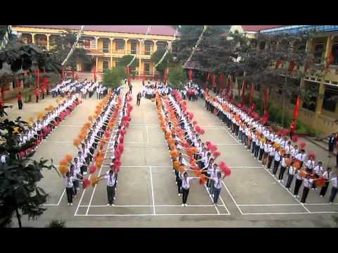 Man dong dien trong hoi khoe phu dong truong THCS thi tran Pho Lu 26-11-2011