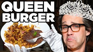 How Does The Queen Eat A Burger?