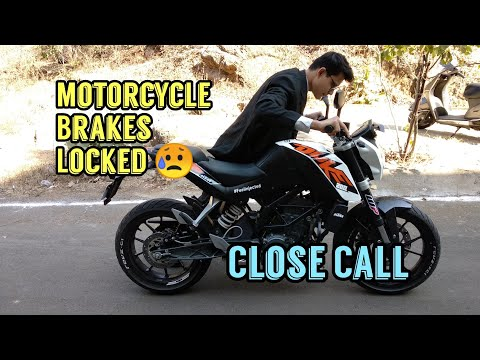 Motorcycle Brakes Locked - My Second Accident ? | KTM Duke 200 |