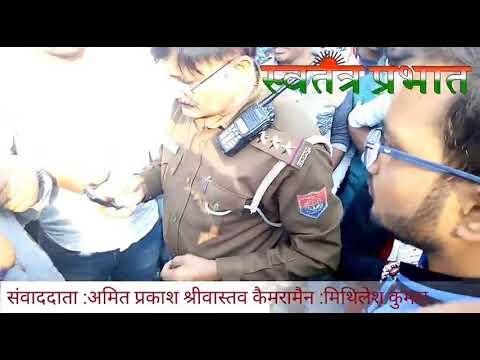 गोरखपुर : स्थानीय निकाय चुनाव मे पीठासीन अधिकारी पर फर्जी वोट डालने का आरोप - विडिओ