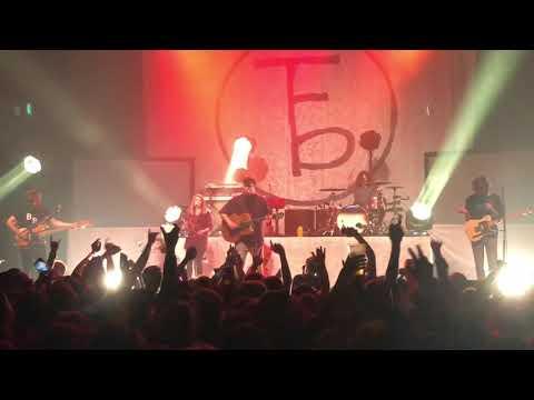 """Skeleton"" live, The Front Bottoms ( 10/28/17 )"