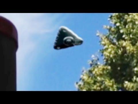 Triangular UFO Over Kassel, Germany