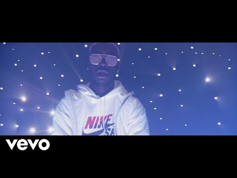 Youtube: Dinero – Trap de Trap (Clip officiel)