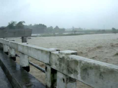 UMINGAN PANGASINAN, BAGYONG PEPENG BANILA RIVER VIDEO CORTESY TO DAVIDOFF