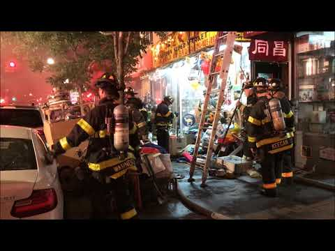 FDNY BOX 257 - FDNY 2ND ALARM STUBBORN SMOKEY FIRE IN SUPERMARKET IN CHINATOWN, MANHATTAN.