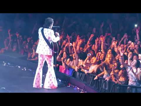 Harry Styles Carolina Live at MSG 06/21/18