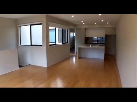 Property to Rent in Melbourne: Brighton East Townhouse 2BR/2BA by Property Management in Melbourne