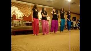vuclip mahndi dance new 2012 faisalabad pakistan.FLV