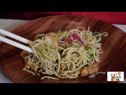 Delhi University Night Life Momos Noodles Girls Favourite Street Food